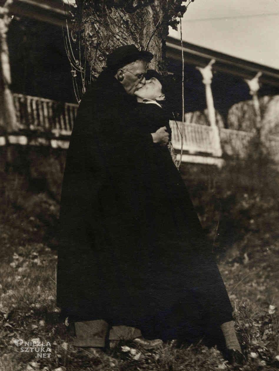 Georgia O'Keeffe i Alfred Stieglitz nad Lake George, Nowy Jork, 1929, fot.: beinecke.library.yale.edu