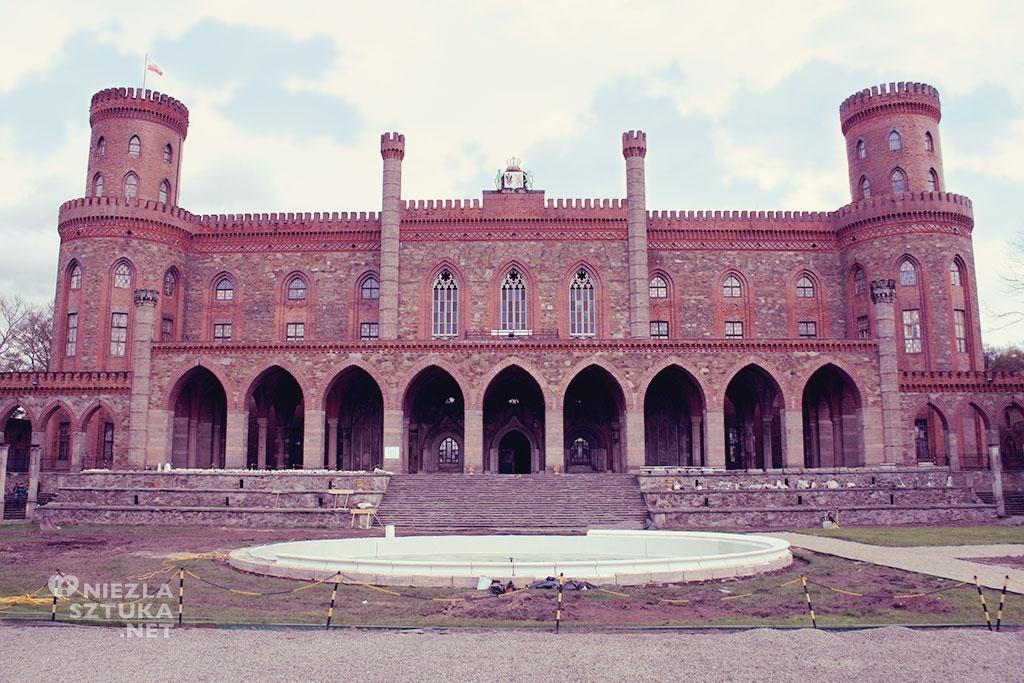 Fasada Pałacu Marianny Orańskiej w Kamieńcu Ząbkowickim