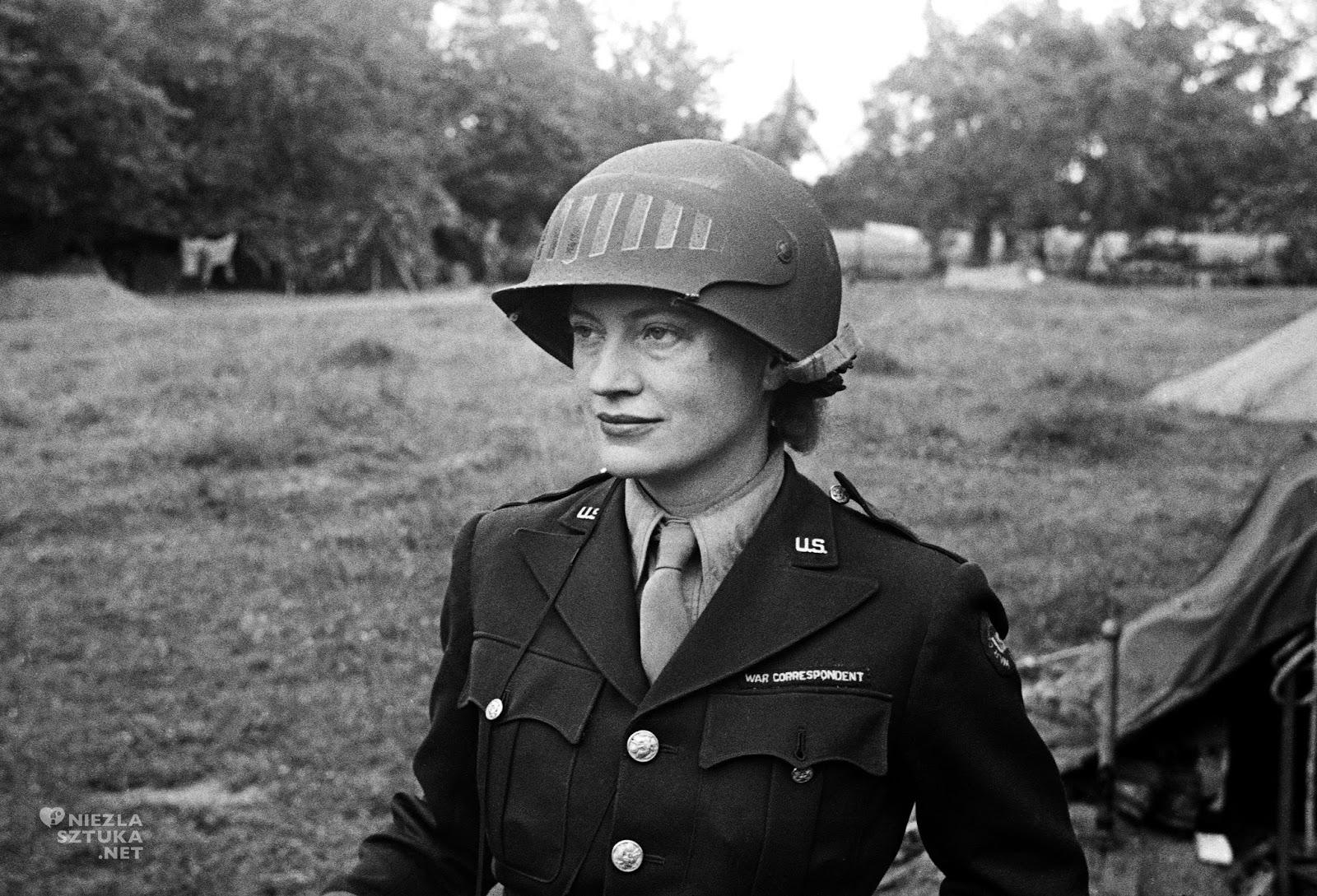 Lee-Miller-women-WWII-15