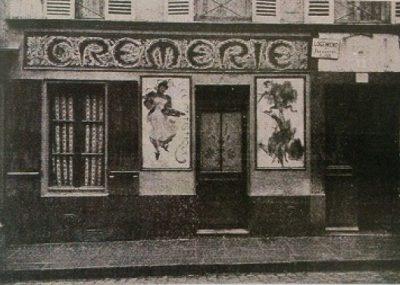 Mała mleczarnia Madame Charlotte (Mme Charlotte's Crèmerie), przy Grande Chaumiere w Paryżu