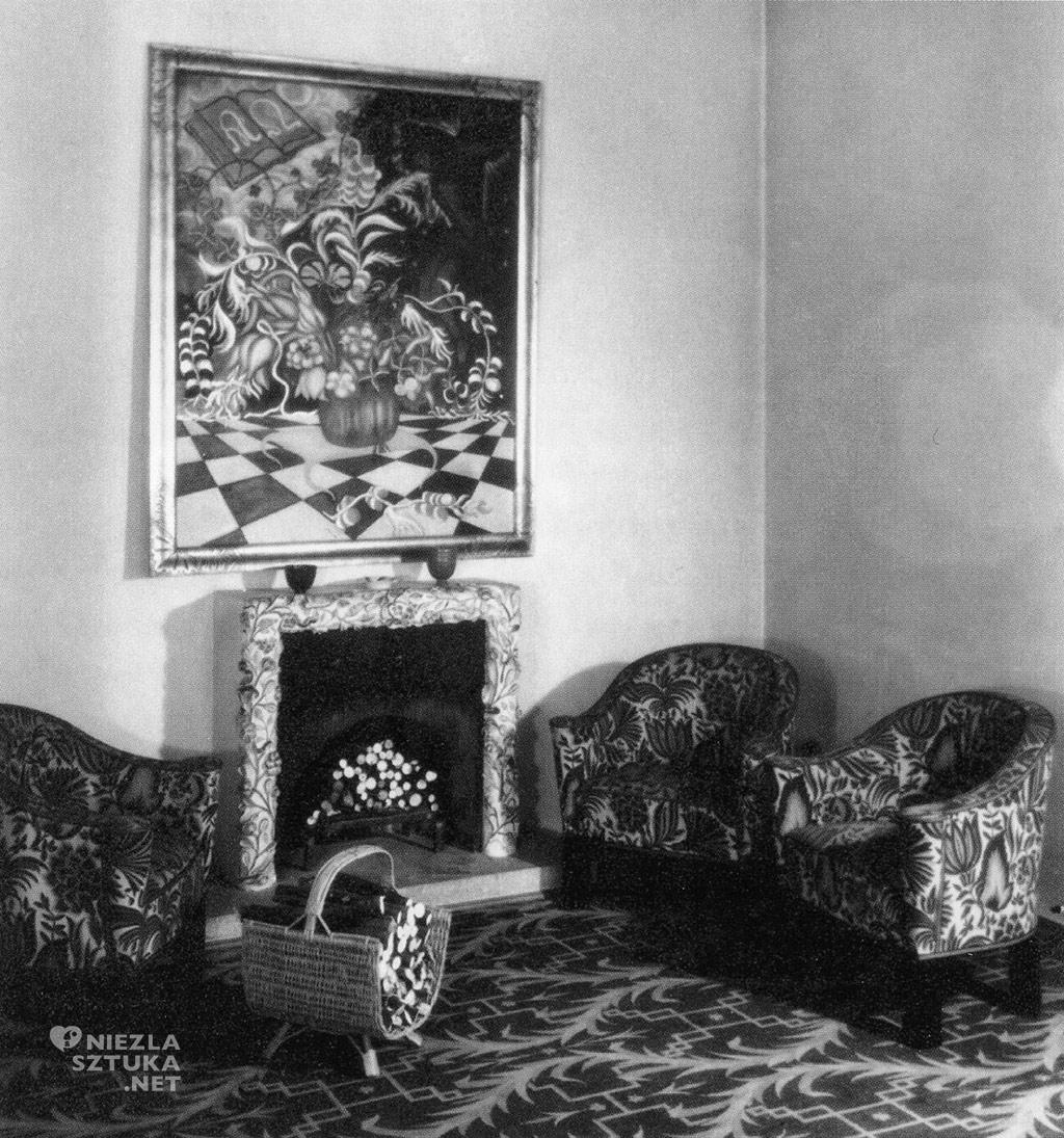 VillaKnips+Viola-PatternedCarpetByDagobertPeche+Painting-By-JosefAugustLux+1931