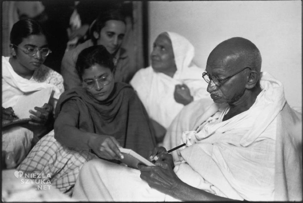 Henri Cartier-Bresson Gandhi | 1948