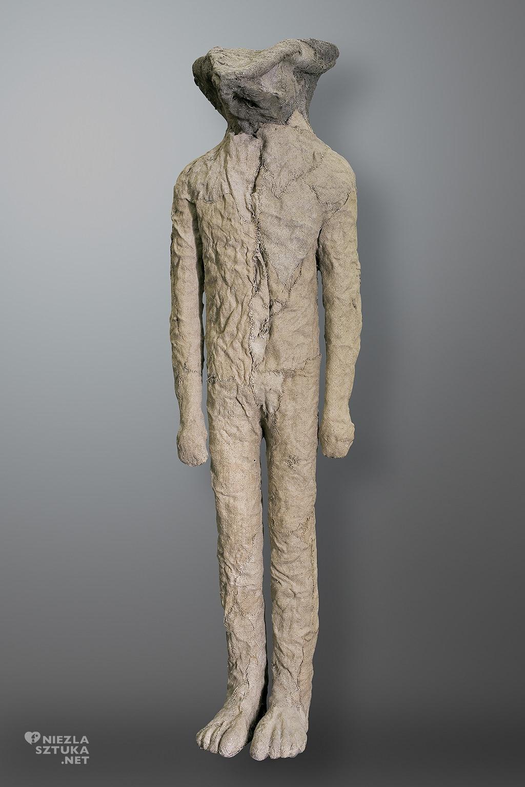 Magdalena Abakanowicz <em>Ibis</em> | 2008, 164 x 45 cm, juta, żywica, fot. Agra Art
