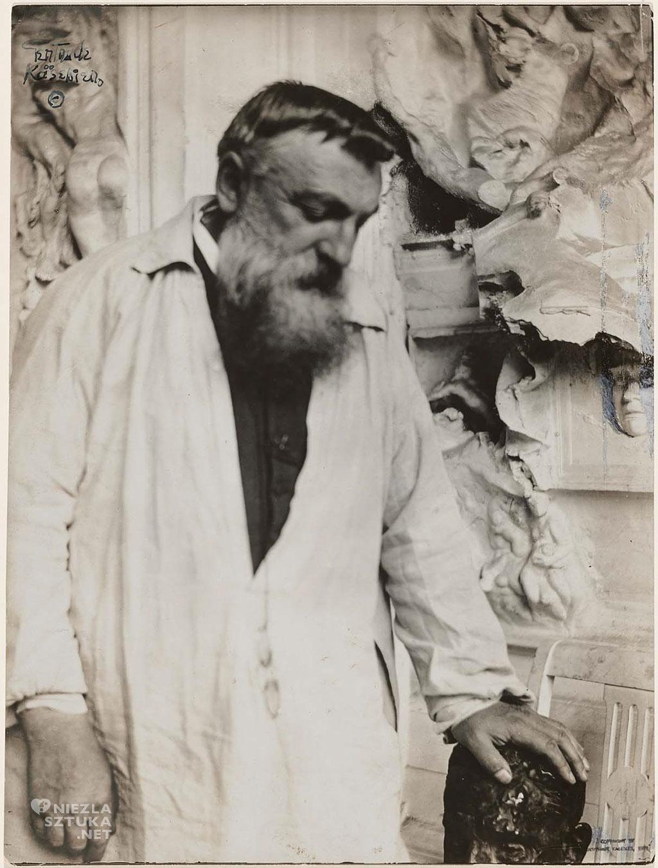 Auguste Rodin w swoim atelier, fot. Gertrude Käsebier, źródło : pinterest