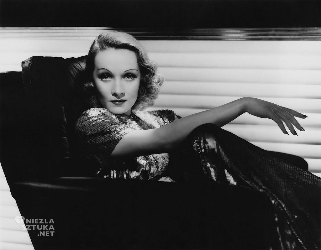 Marlene Dietrich, Marlena Dietrich, Niezła sztuka