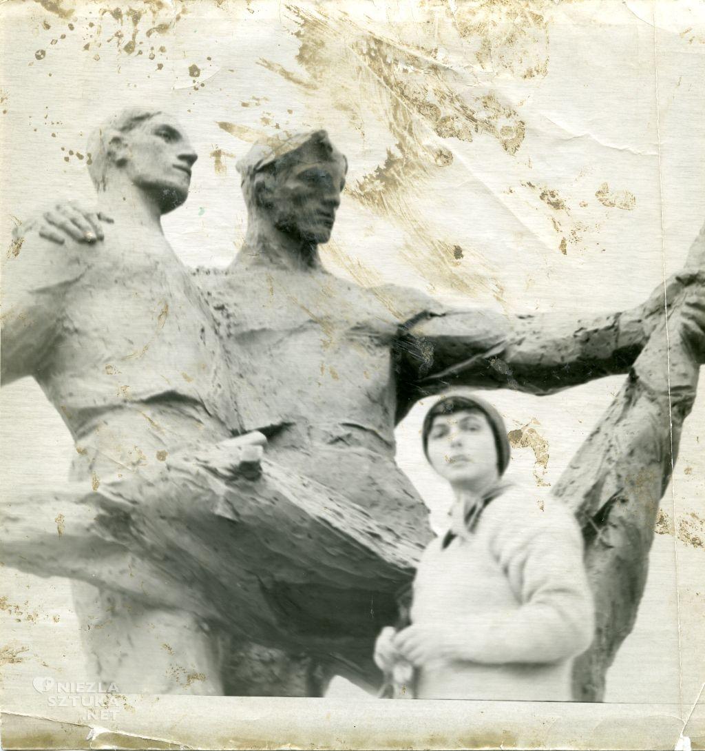 Alina Szapocznikow rzeźba pomnik sztuka