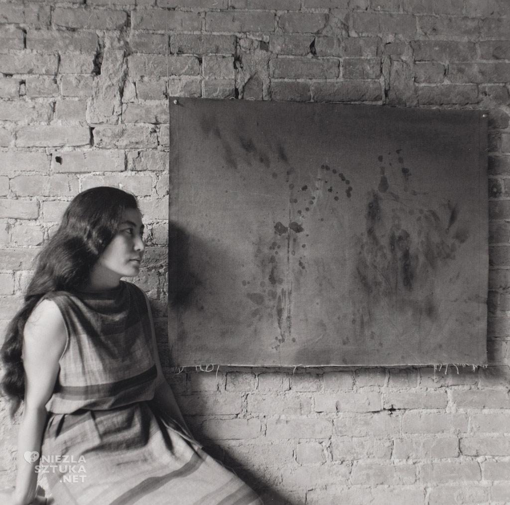 Yoko Ono photography