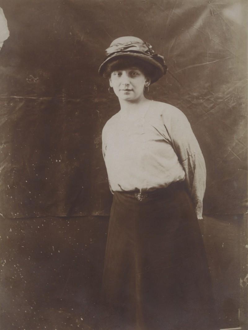 Fernande Olivier, 1910?, fot. brbl-dl.library.yale.edu