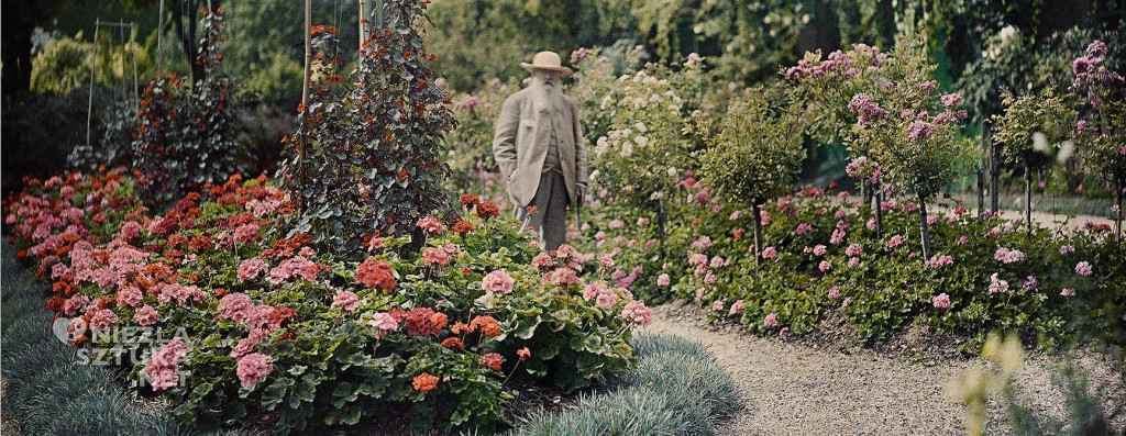 Monet-in-his-garden-CROP