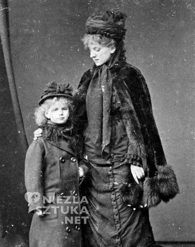 Mała Sarah Bernhardt z matką / © Collection Roger-Viollet / Roger-Viollet