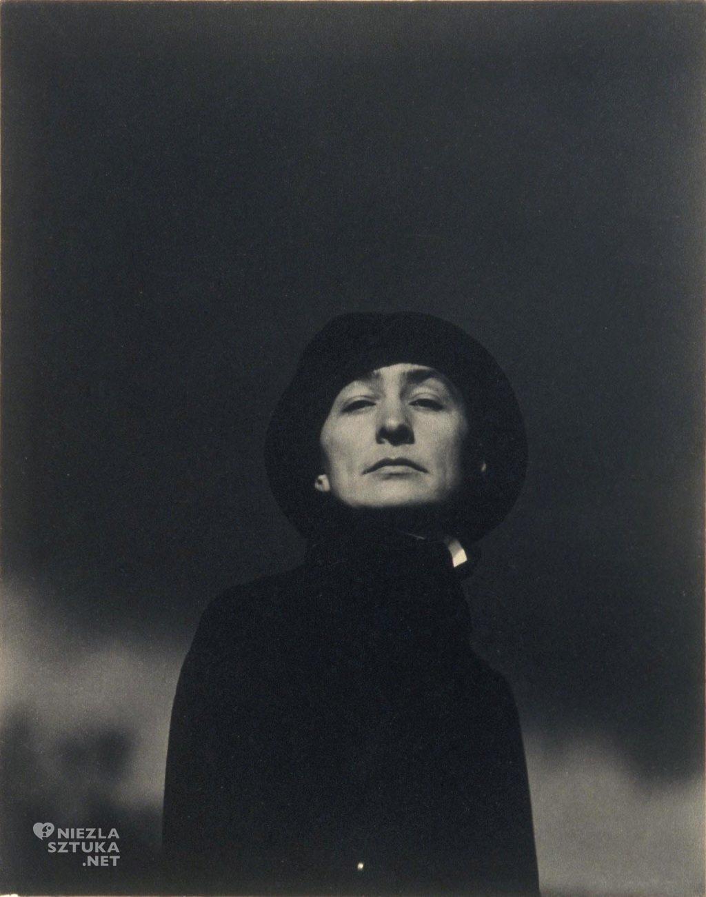 Alfred Stieglitz Georgia O'Keeffe, fot.: thecharnelhouse.org