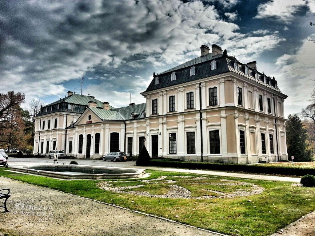 Pałac Sieniawa Arche zabytkowy pałac