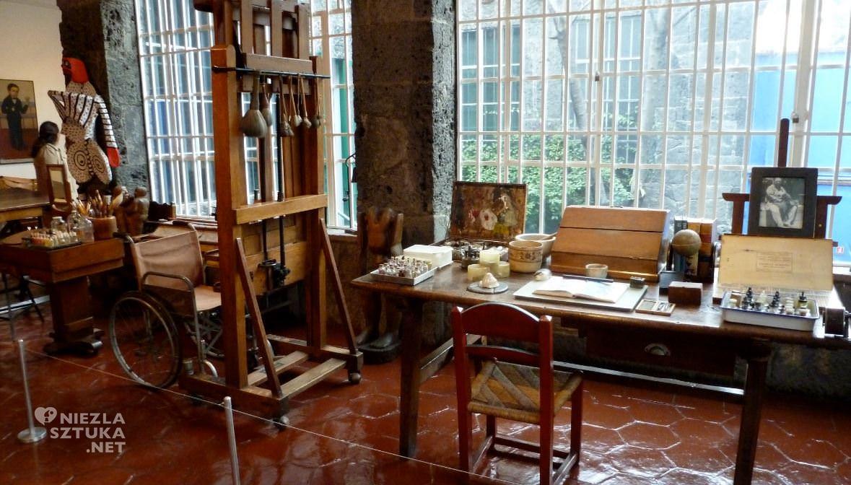 Frida Kahlo Pracownia, Niezła sztuka