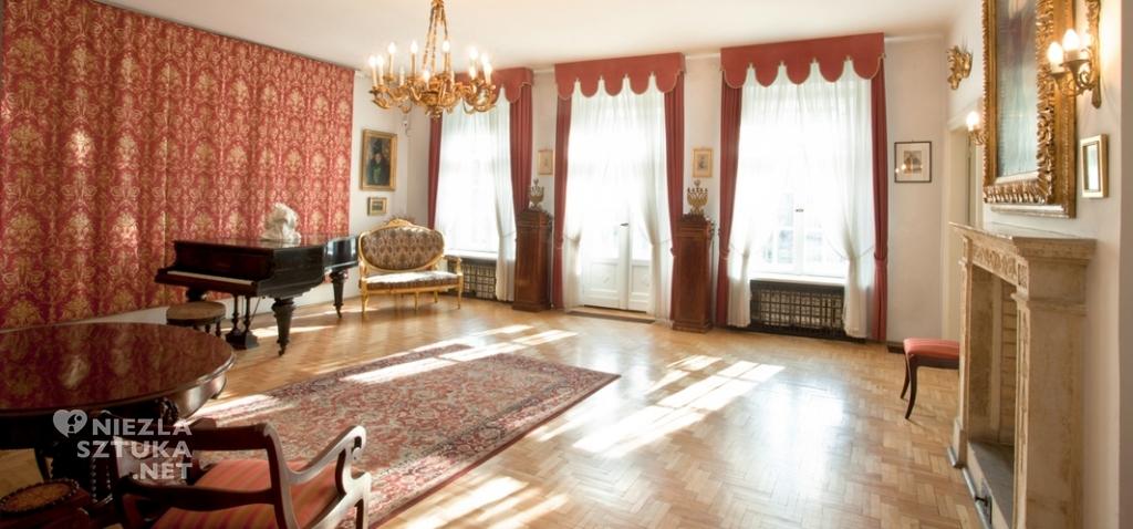 Wnętrze Domu Mehoffera, Niezła sztuka
