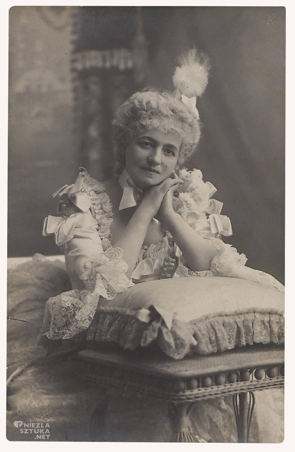 Helena Modrzejewska w kreacji scenicznej podczas pobytu w Chicago, 1897, fot. polona