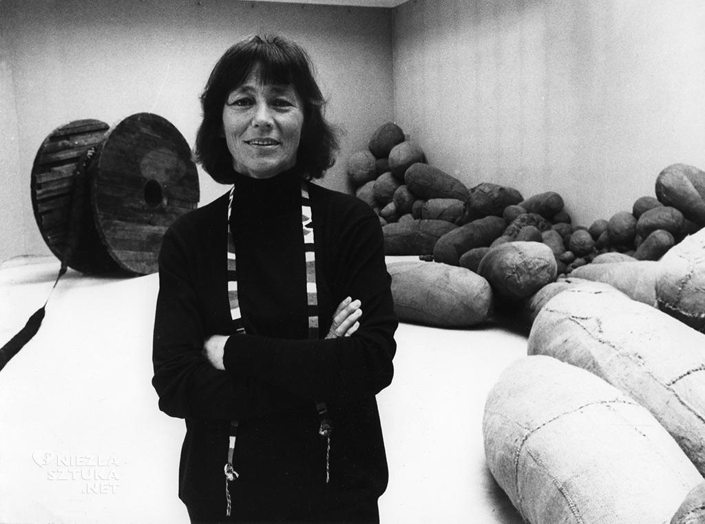 Magdalena Abakanowicz, Biennale w Wenecji, Polski Pawilon, 1980, zdjęcie z archiwum artystki