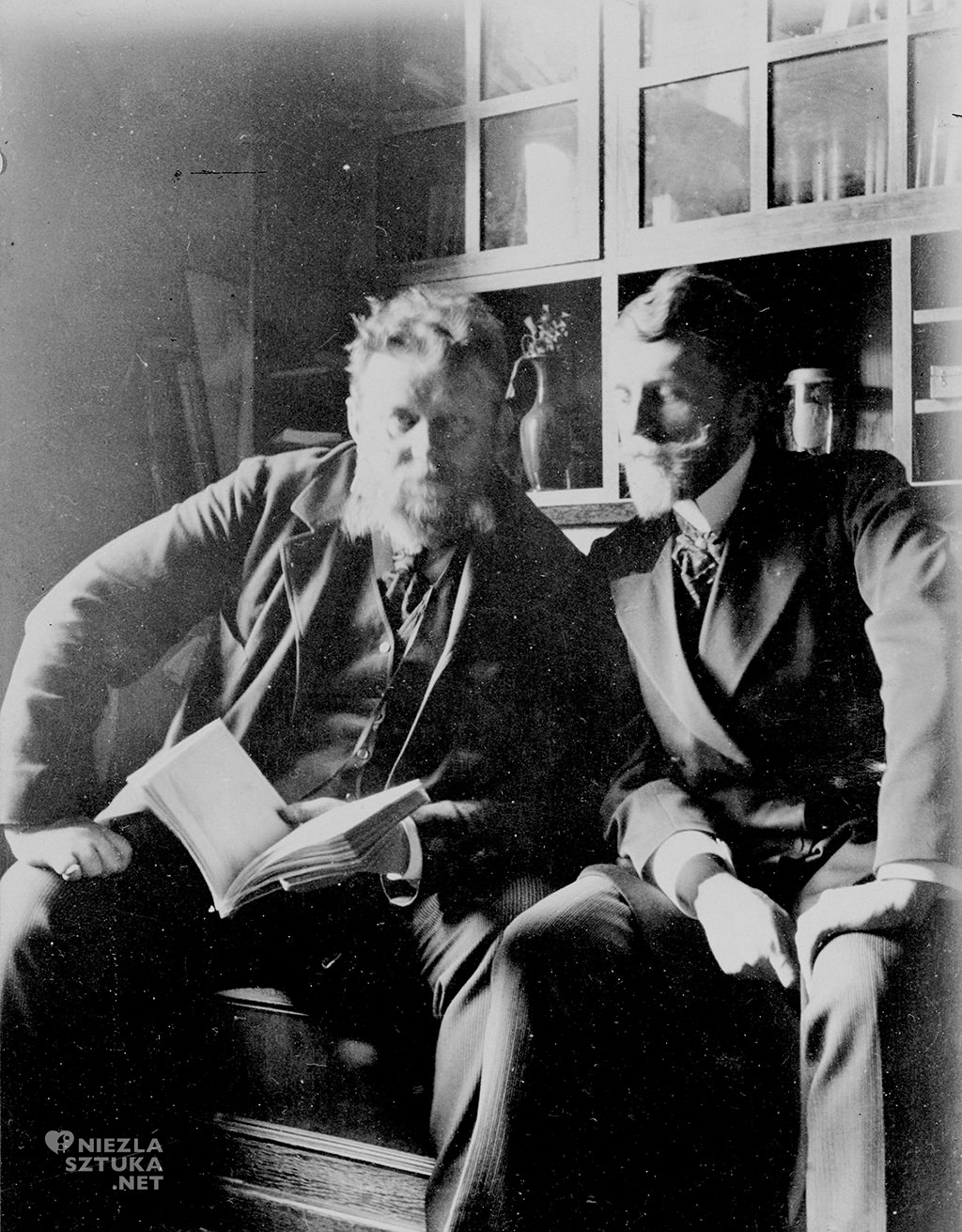 Ferdynand Ruszczyc (z prawej) w towarzystwie artysty malarza Jana Stanisławskiego, fot. NAC