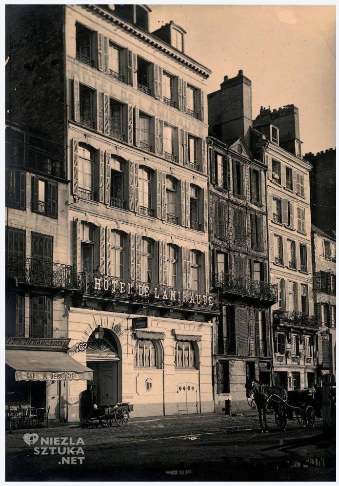 Hôtel de l'Amirauté, Monet, Niezła sztuka