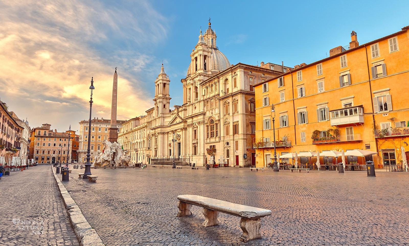 Piazza Navona, Rzym, Niezła sztuka