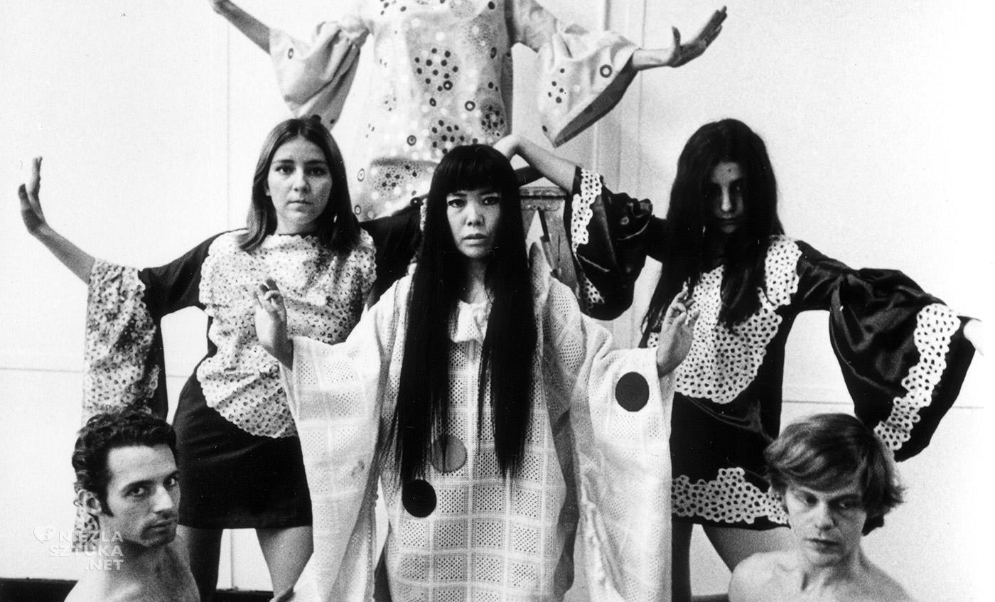 Yayoi Kusama, sztuka współczesna, kobiety w sztuce, Nowy Jork, Niezła Sztuka
