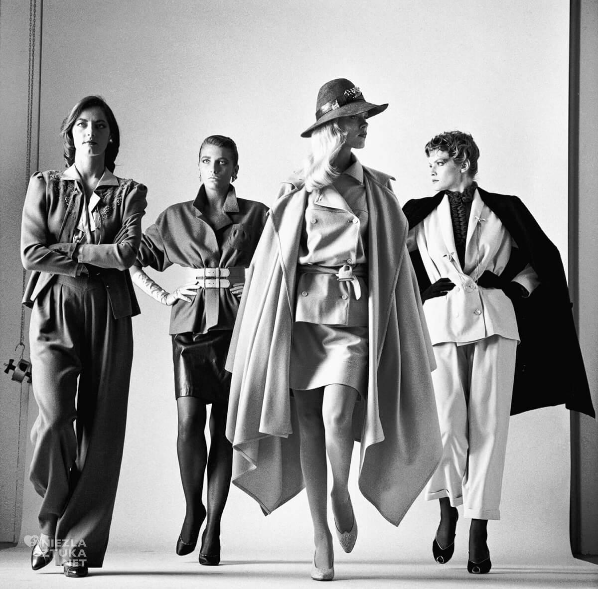 Helmut Newton, One idą (ubrane), Vogue, Francja, fotografia, fotografia modowa, Niezła Sztuka