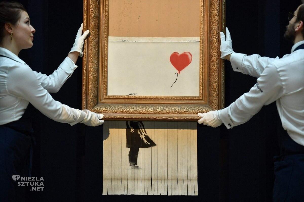 Banksy, Love is in the Bin, street art, aukcja, Sotheby's, Niezła Sztuka