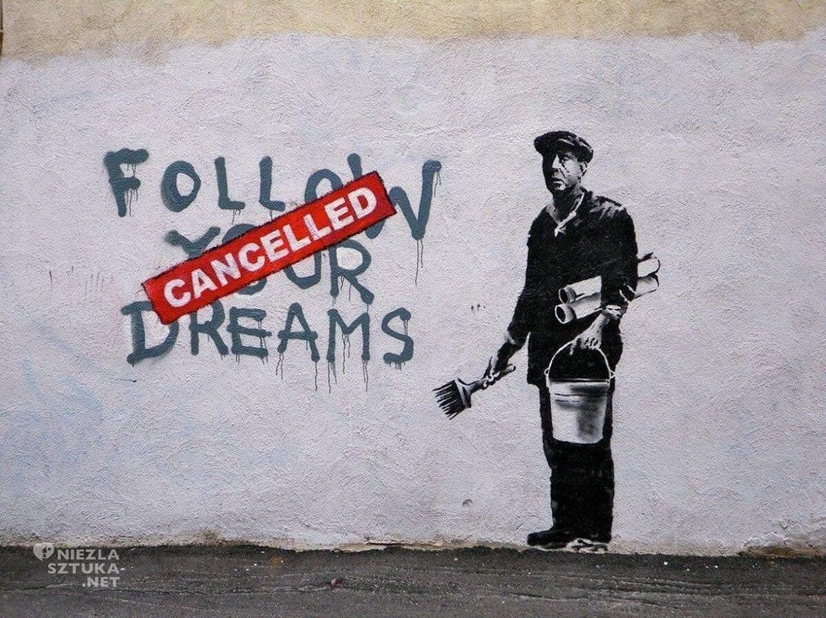 Banksy, Follow your dreams, street art, Boston, Niezła Sztuka
