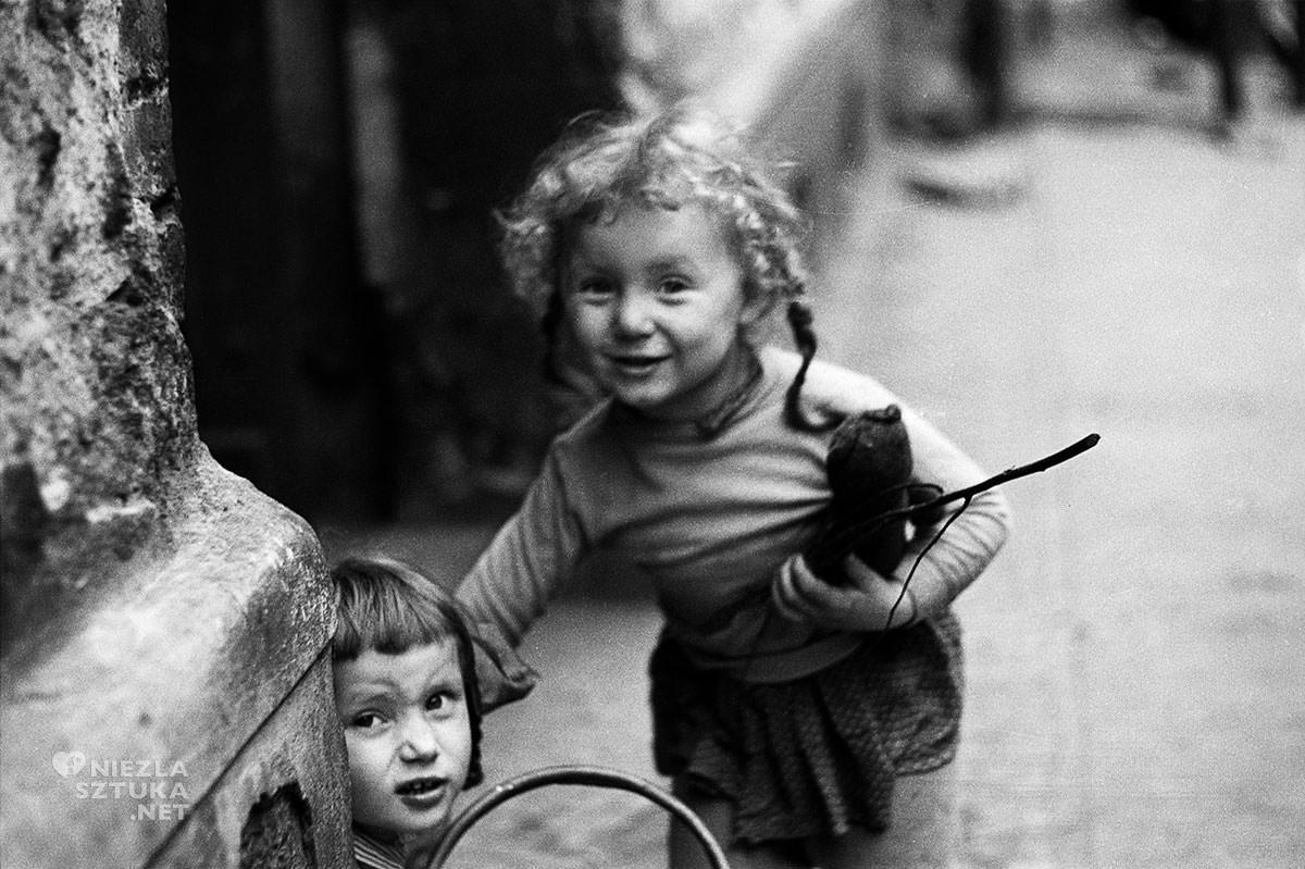 Zofia Rydet, Mały człowiek, Pierwsza przyjaźń, fotografia, Niezła Sztuka