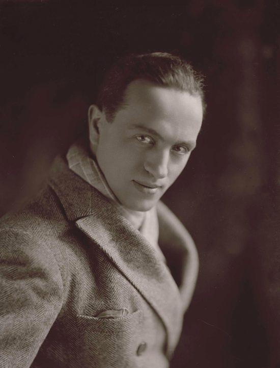 Antoni Cierplikowski, Antoine de Paris, fryzjer, niezła sztuka