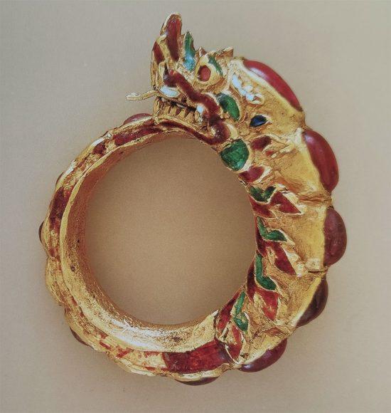 złoty pierścień, wąż, Gala Dali, niezła sztuka