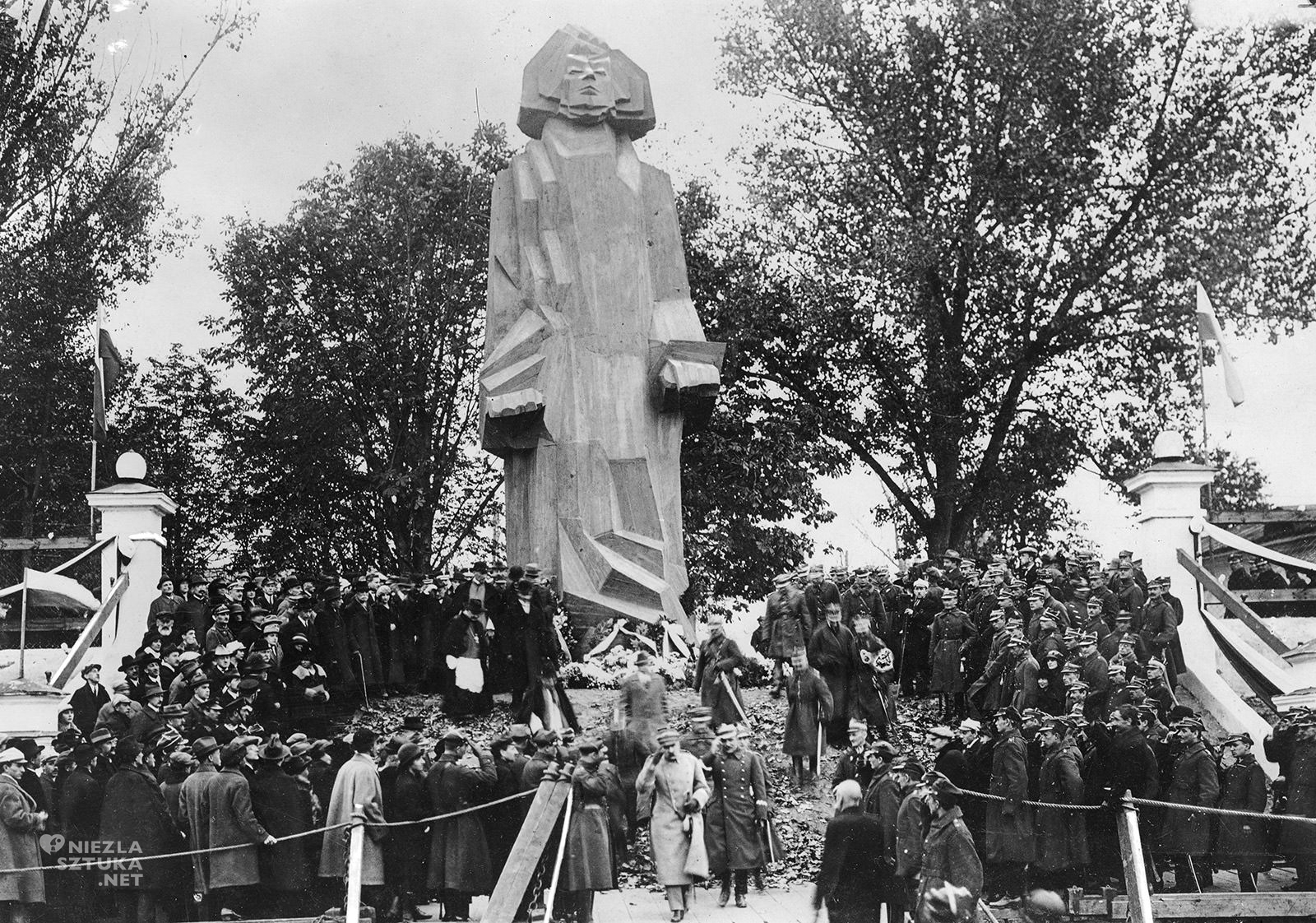 Zbigniew Pronaszko, pomnik Adama Mickiewicza, sztuka polska, niezła sztuka