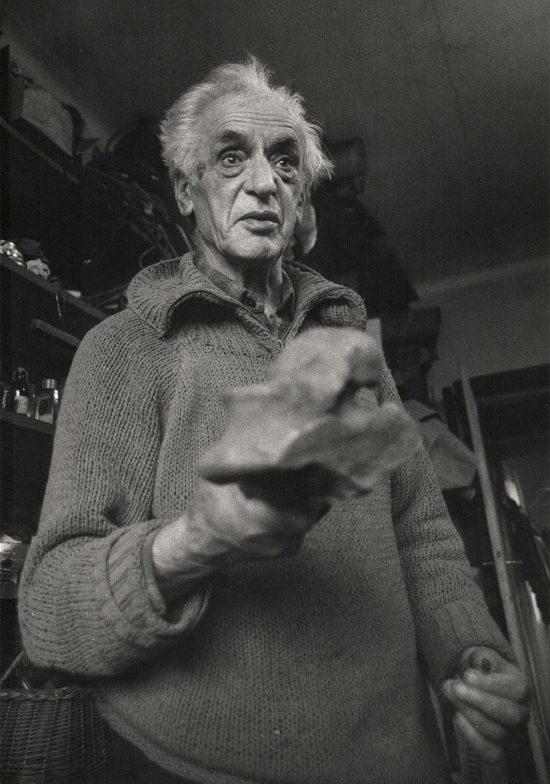 Jonasz Stern, Salon dzieł sztuki, Connaisseur, Kraków, niezła sztuka